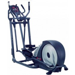 MOMENTUM ELLIPTICAL TRAINER E500